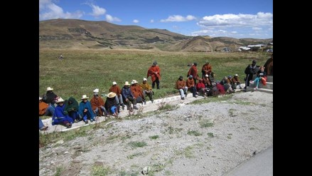 Cajamarca: ronderos supervisan lagunas y marchan contra proyecto Conga