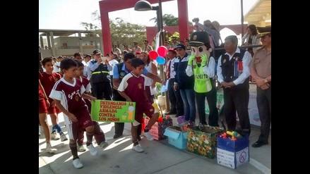Chiclayo: 900 escolares participaron en campaña contra el uso de armas