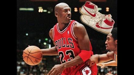 NBA: Primeras zapatillas de Michael Jordan alcanzan cifra récord en subasta