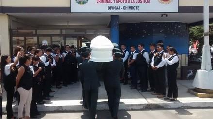 Chimbote: policía fallecida en accidente recibe homenaje póstumo