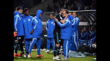 Olympique de Marsella de Marcelo Bielsa venció 2-0 a Metz y salió de perdedor