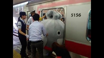 Twitter: las aventuras de la mascota del metro de Tokio