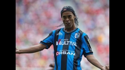 Querétaro: Ronaldinho y su divertido festejo con baile incluido