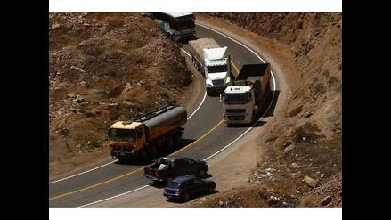 Mollendo: suspenden actividades de comercio y transporte por manifestaciones