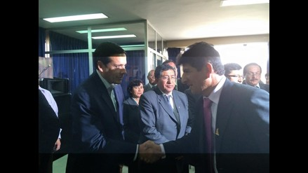 Cajamarca: Porfirio Medina y Javier Velarde estrecharon las manos
