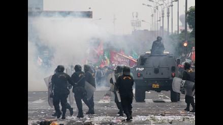 Arequipa: Cuatro policías heridos y nuevamente se rompe el diálogo