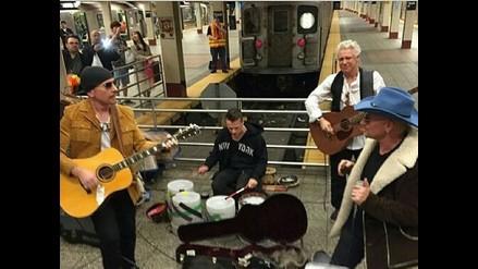 U2 dio un concierto sorpresa en el metro de Nueva York
