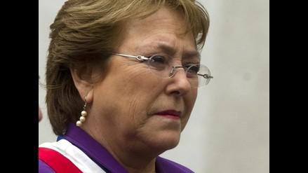 Chile: Rechazo a la gestión de Bachelet sube a 64 %