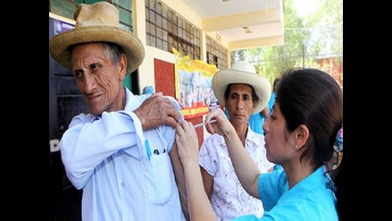Minsa inició distribución de vacunas contra la influenza para adultos