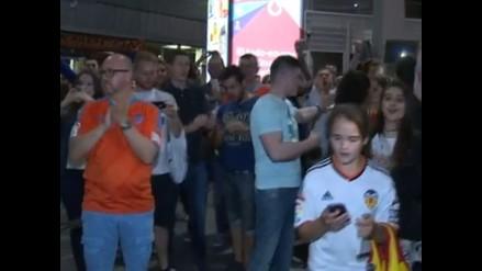 Valencia: Espectacular bienvenida de la afición tras empate con Real Madrid