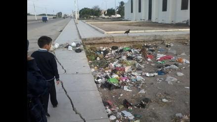 Chiclayo: invasión de basura y gallinazos en el pueblo joven Fanny Abanto