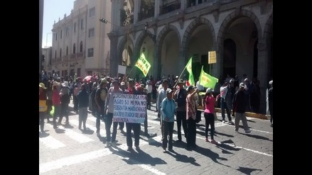 Se inicia el segundo día de paro regional en Arequipa
