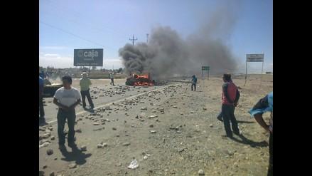 Tía María: manifestantes queman vehículo en Majes y bloquean vías