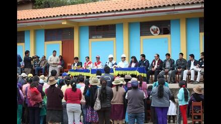 Áncash: gobernador regional llevó ayuda a Socosbamba