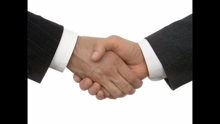 Un apretón de manos puede predecir el riesgo de muerte, según estudio