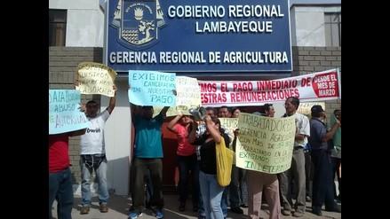 Lambayeque: contratados de Gerencia de Agricultura exigen pagos