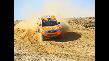 Raúl Orlandini lidera etapa y apunta al triunfo en el Rally de los Faraones