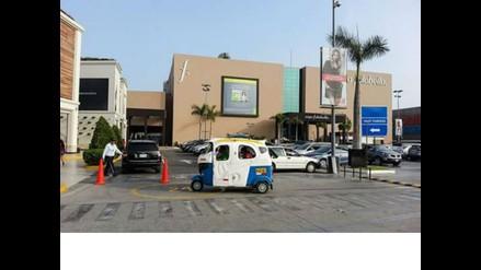 WhatsApp: captan mototaxi en centro comercial Jockey Plaza