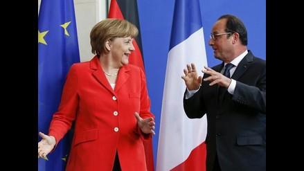 Merkel y Hollande piden acelerar conversaciones con Grecia