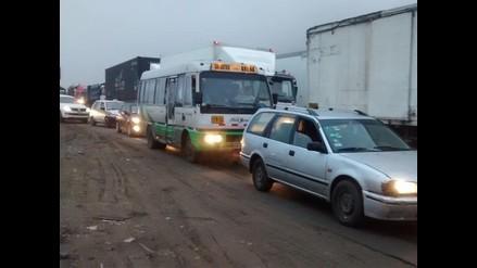 Pobladores de VES bloquearon un tramo de la panamericana sur