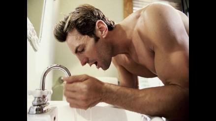 Dos sencillas maneras para que los hombres cuiden la piel de su rostro