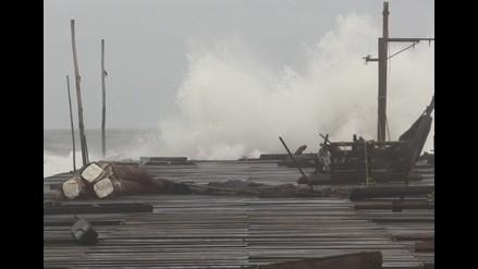 Pisco: suspenden actividades marítimas en puerto Tambo de Mora