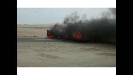 WhatsApp: camión cisterna se incendia en Panamerica Norte