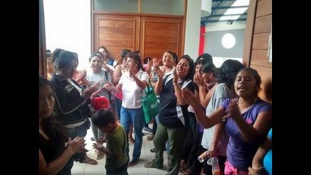 Chiclayo: padres y alumnos protestan por retorno de directora