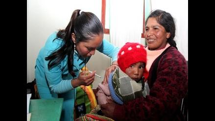 Puno: vacunan a más de 18 mil niños contra infecciones respiratorias