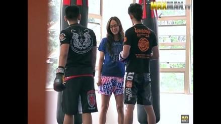 Muay Thai: Pensaban que era una 'nerd' y terminó dándoles una paliza