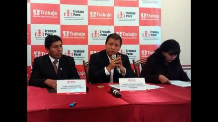 Ministro de Trabajo arribó a Puno y se reúne con los alcaldes de la región