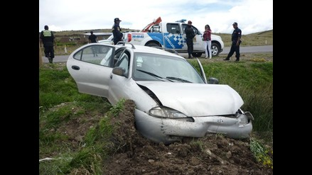 Puno: un muerto y cuatro heridos deja despiste y vuelco de vehículo
