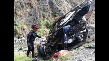 Ayacucho: hallan cuerpos de personas que cayeron a abismo