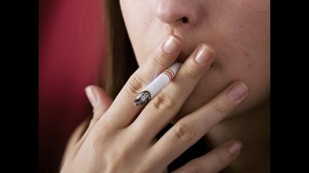 Fumar incrementa hasta en 40% riesgo de sufrir cáncer pulmonar