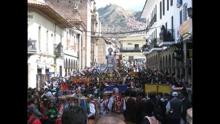 Restauran imágenes de San Antonio y San Cristóbal en Cusco