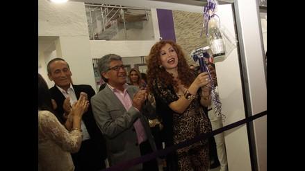 Janet Barboza inauguró su quinto salón de belleza
