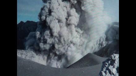 Arequipa: volcán Ubinas registró nueva explosión