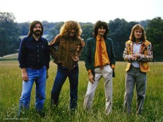 Led Zeppelin sorprende a fans con temas inéditos