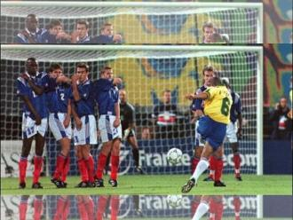 Roberto Carlos: Su golazo de tiro libre a Francia cumple 18 años