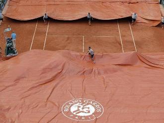 Roland Garros: La lluvia suspende la semifinal entre Djokovic y Murray