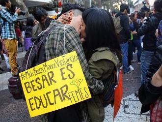 Estudiantes chilenos realizan