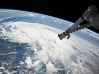 Huracán Blanca alcanza categoría 4 aguas del Pacífico