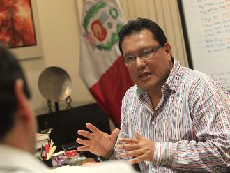 Poder Judicial dicta impedimento de salida del país para Félix Moreno