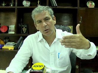 Gobernador regional de Piura descartó renuncia de director de Salud