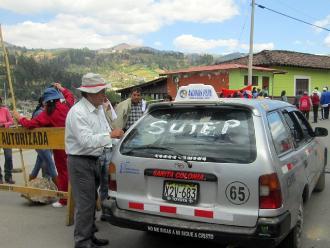 Andahuaylas: pintan vehículos que no apoyan el paro del Sute