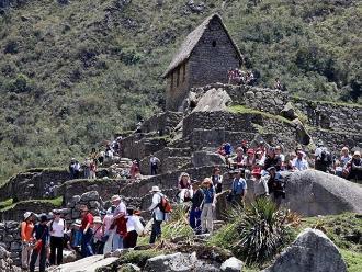 Más de 1 millón 130 mil turistas extranjeros visitaron el Perú a abril