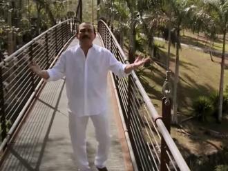 Charlie Aponte estrenó videoclip de 'Así es Puerto Rico'