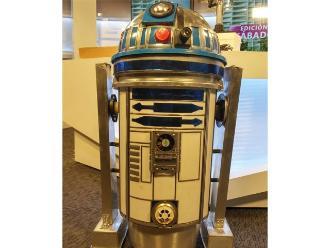 Profesor de la Universidad del Callao presenta: construye tu propio robot