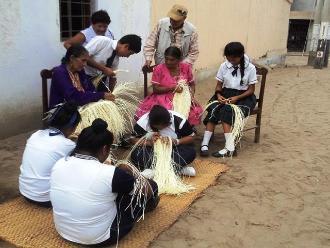 Chiclayo: pensionistas de Ciudad Eten enseñan tradiciones a escolares