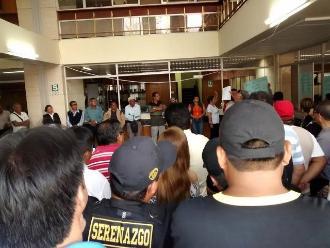 Huancayo: trabajadores protestan en OSCE por inhabilitación